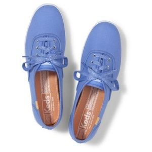 NWT Periwinkle Keds With Sparkly Shoe Laces Size 8